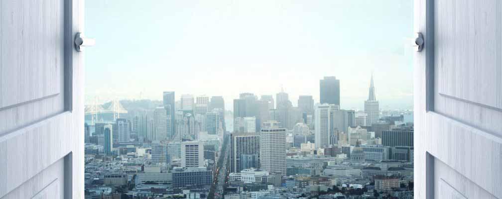 דלתות נפתחות לקראת עיר גדולה - אנגלית עסקית